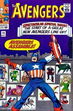 """""""Avengers 16"""" trouxe a mudança da equipe e a entrada do Gavião Arqueiro."""