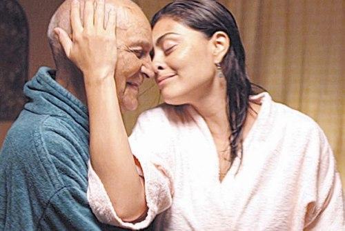 'A Despedida' Marcelo com Nelson Xavier e Juliana Paes foi exibido na Mostra Internacional de Cinema com recursos de acessibilidade