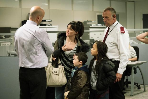 Cena do filme britânico Eu, Daniel Blake, com Hayley Squire ao centro. Ela foi indicada como Atriz Coadjuvante (pic by moviepilot.de)