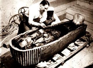 Carter e múmia
